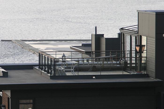 Terrasser kan isoleres, dreneres og fuktsikres med ISODREN